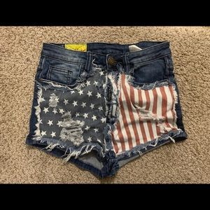American flag jean shorts size 28